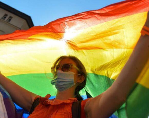 البرلمان الأوروبي يطالب بحماية حقوق المثليين في جميع الدول الأوروبية